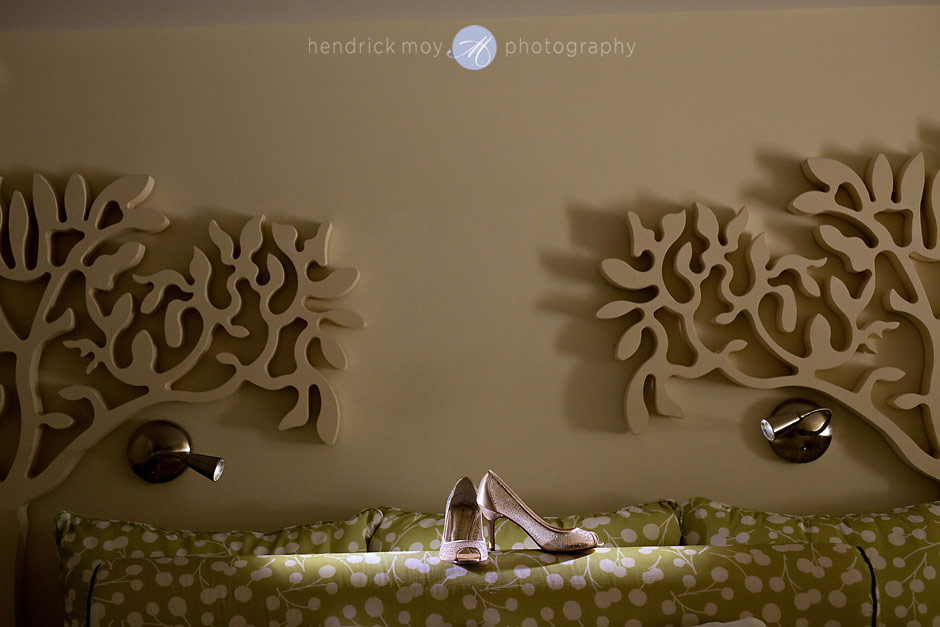 hotel skyler details wedding shoes hendrick moy photography