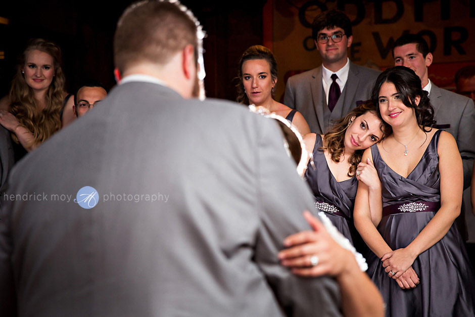 first dance wedding syracuse ny photographer hendrick moy