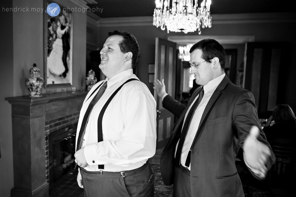 groom getting ready portraits ny pictures