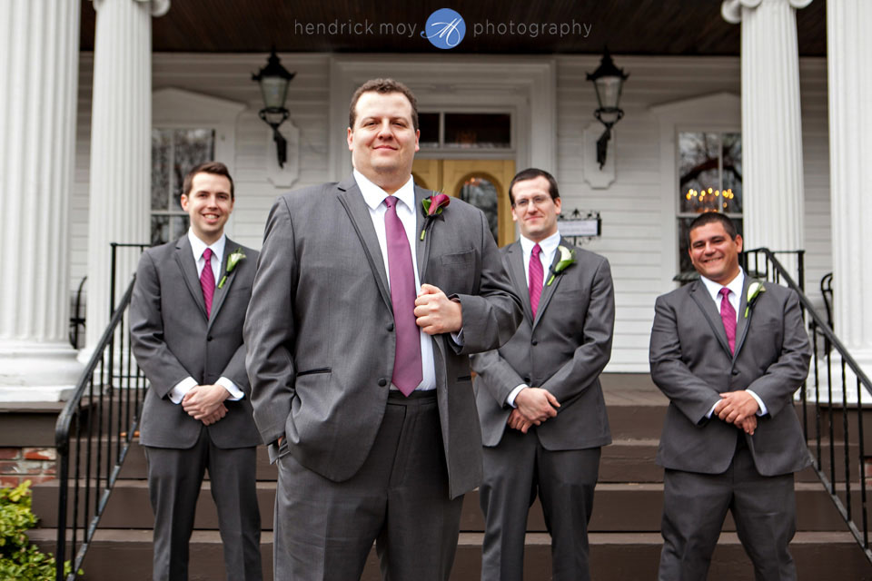 groomsmen wedding pictures ny