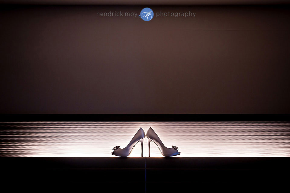 badgley mischka wedding shoes w hotel hoboken nj photographer hendrick moy
