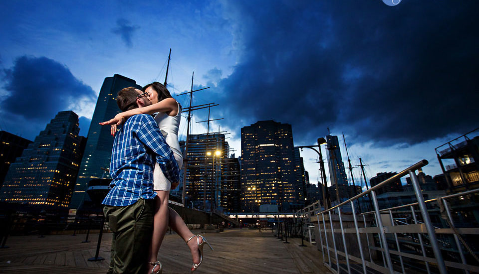 engagement-south-street-seaport-wedding-photographer-hendrick-moy