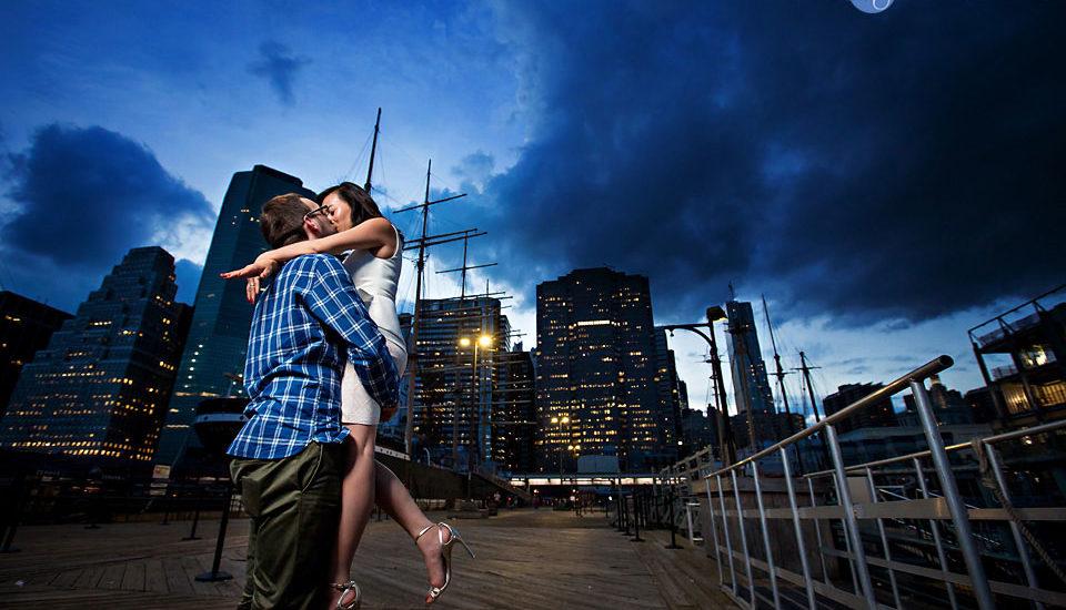 engagement-south-street-seaport-wedding-photographer-hendrick-moy