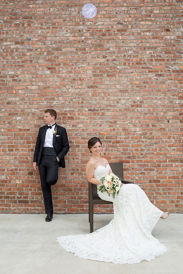 wedding portrait photographer beacon ny roundhouse