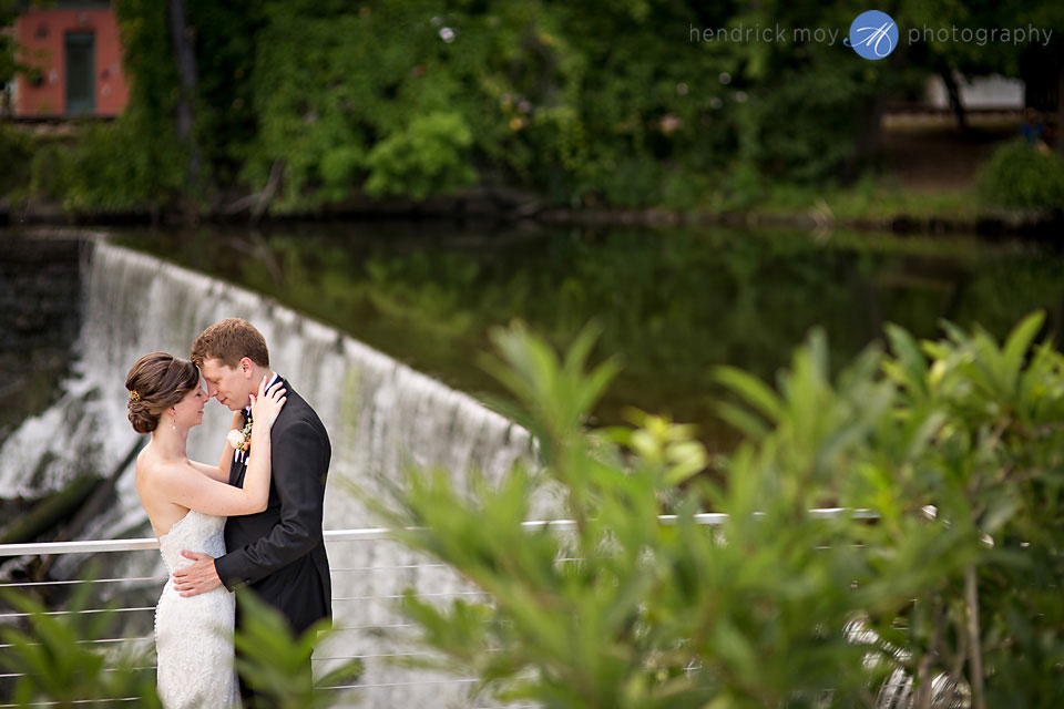 wedding photographer beacon ny waterfall