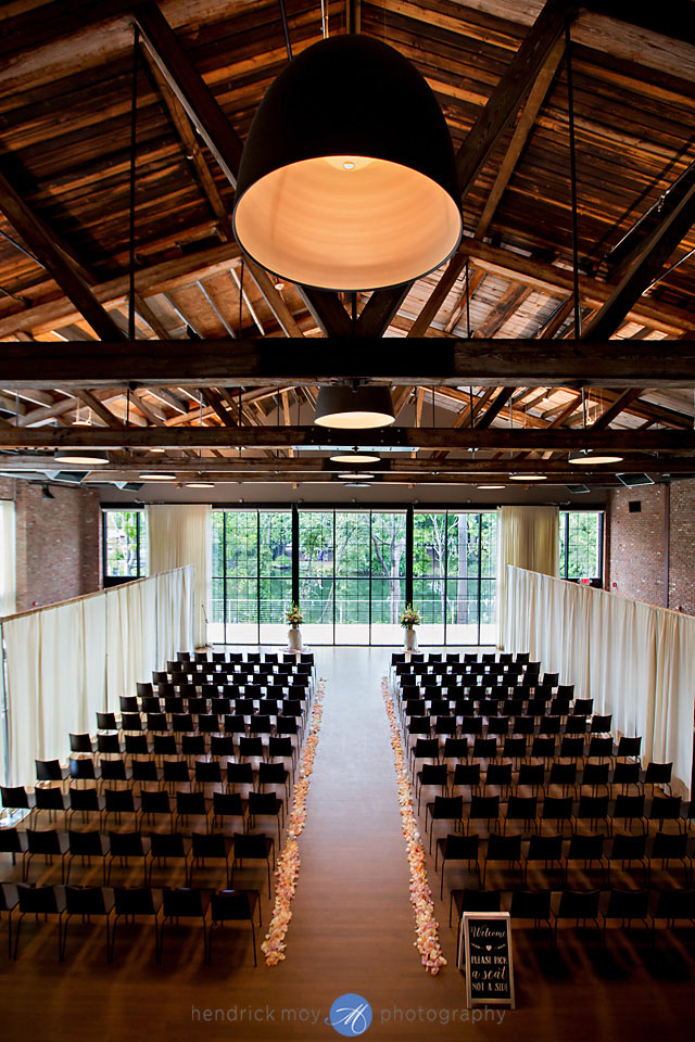 wedding photographer beacon ny roundhouse ceremony space