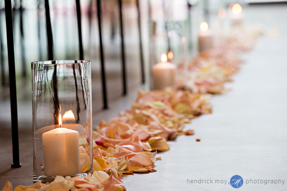 wedding photographer beacon ny roundhouse ceremony candle details