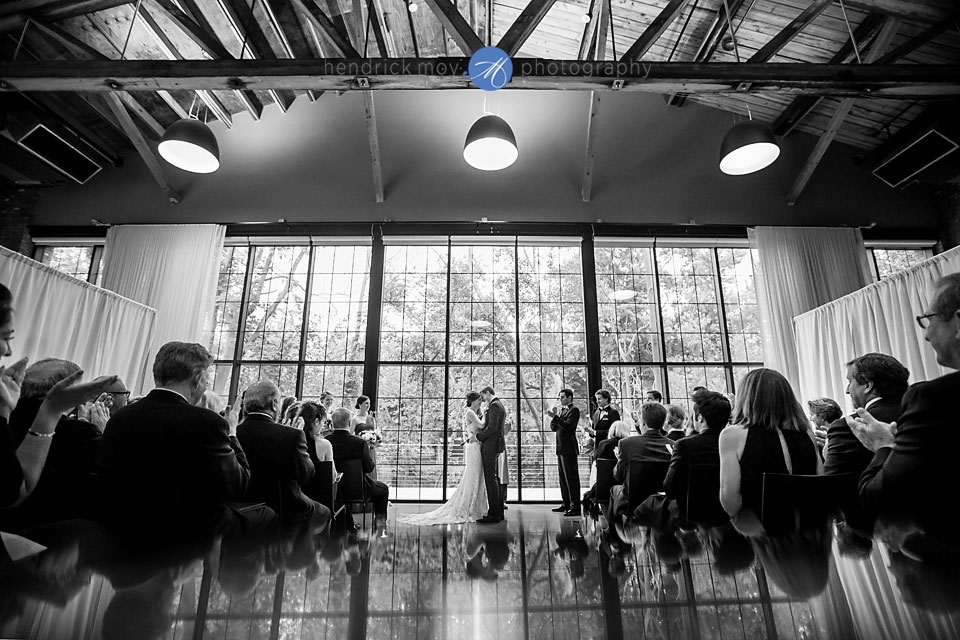 wedding photographer beacon ny roundhouse indoor ceremony