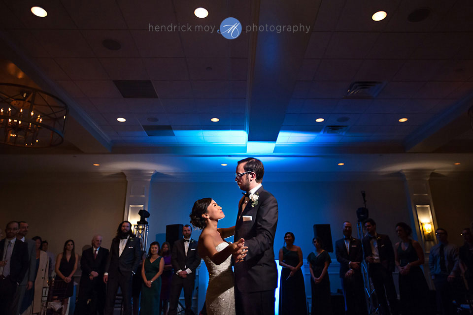 paramount country club wedding first dance hendrick moy