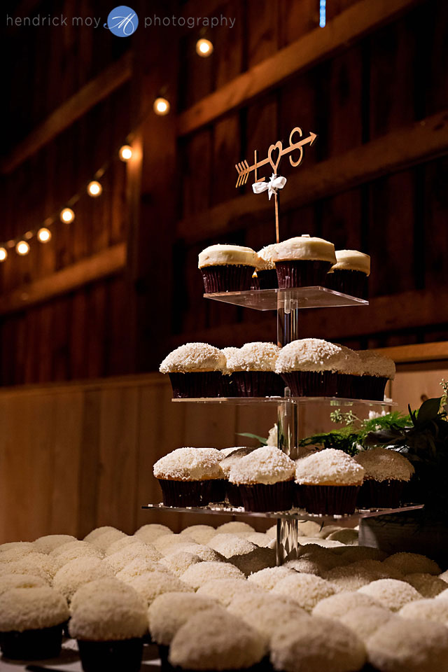 sprinkles wedding cupcakes